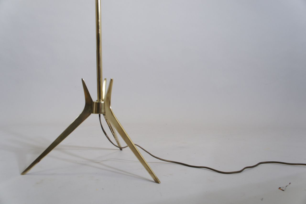 schwedische vintage stehlampe mit schirm im sanderson. Black Bedroom Furniture Sets. Home Design Ideas