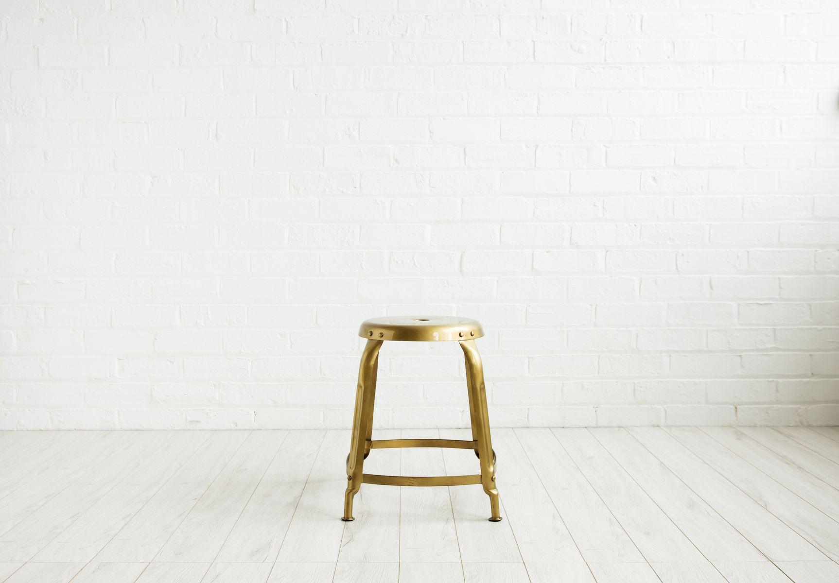 goldene contemporary industrie hocker von house doctor. Black Bedroom Furniture Sets. Home Design Ideas