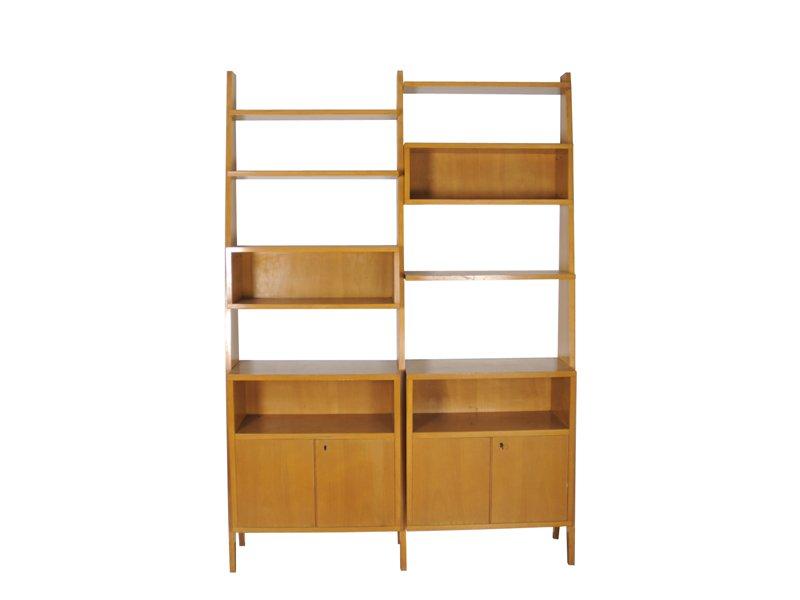 freistehendes vintage b cherregal 1950er bei pamono kaufen. Black Bedroom Furniture Sets. Home Design Ideas