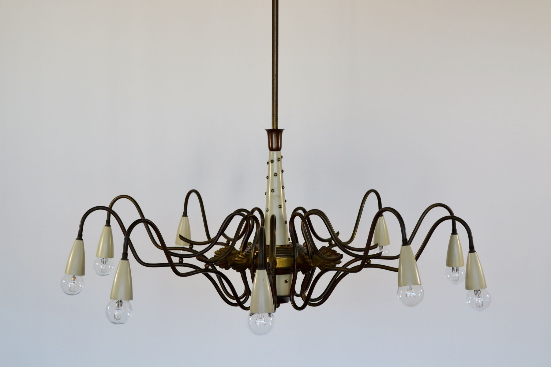 chandelier spider mid century en laiton de lumi italie 1950s en vente sur pamono. Black Bedroom Furniture Sets. Home Design Ideas