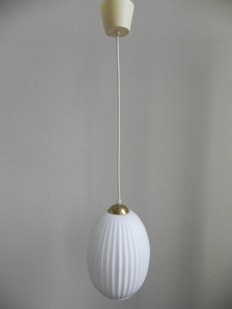 vintage lampe mit wei em glasschirm 1960er bei pamono kaufen. Black Bedroom Furniture Sets. Home Design Ideas