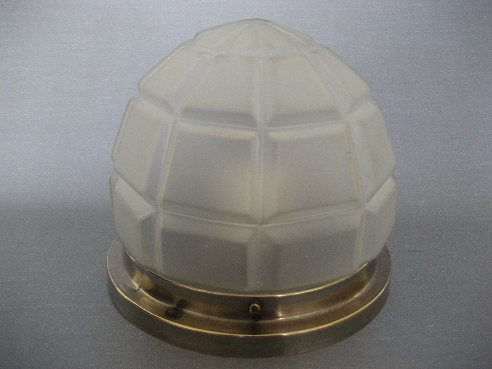 art deco deckenlampe aus verchromten messing glas. Black Bedroom Furniture Sets. Home Design Ideas