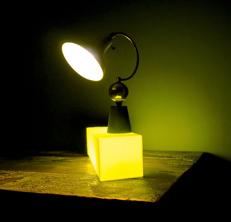 Lampe de bureau verte pomme france 1950s en vente sur pamono for Lampe de bureau verte