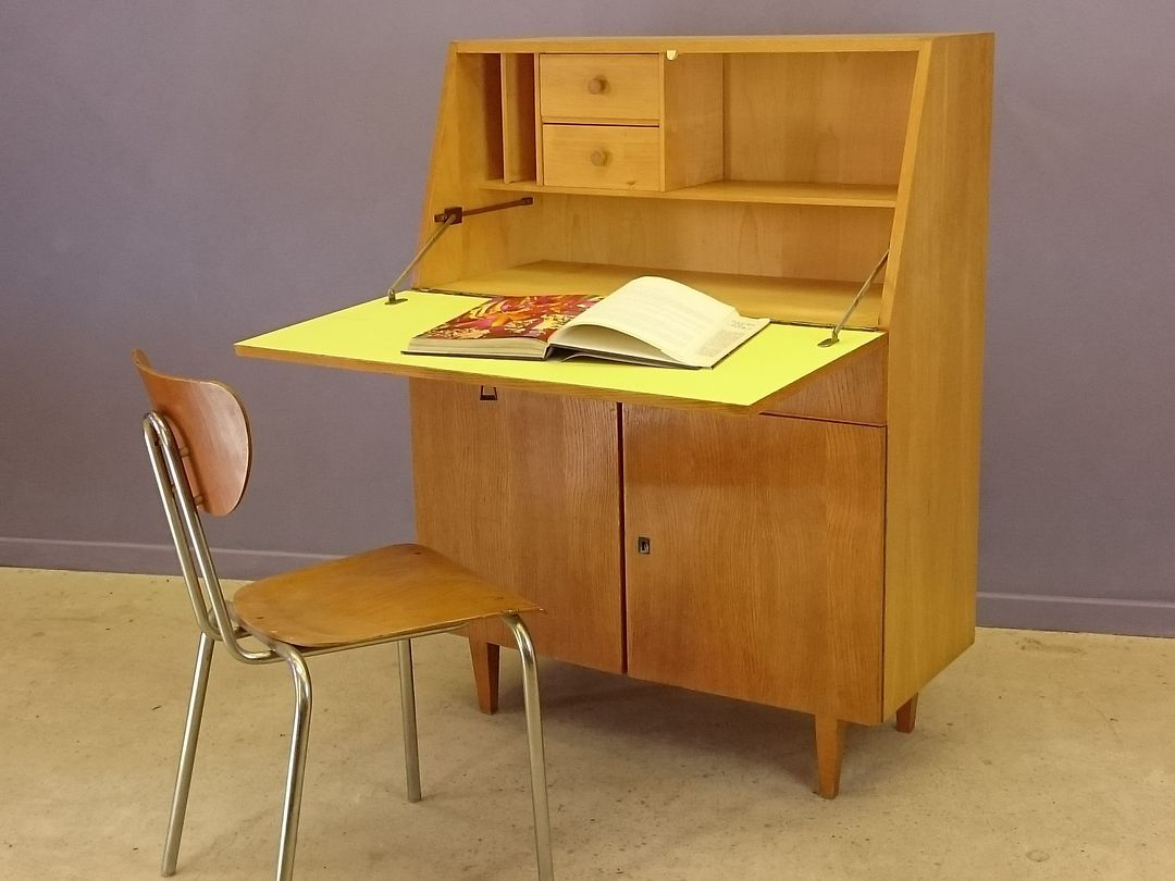 bureau vintage en ch ne clair 1950s en vente sur pamono. Black Bedroom Furniture Sets. Home Design Ideas