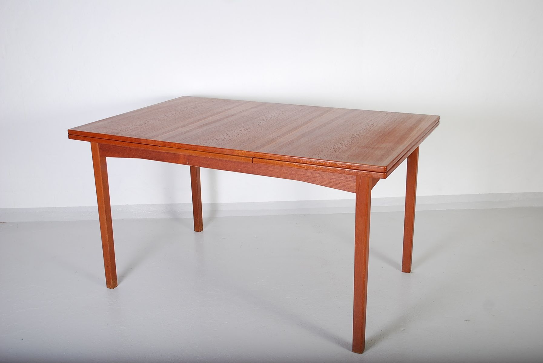 Vintage Teak Dining Table from Ulferts for sale at Pamono : vintage teak dining table from ulferts 3 from www.pamono.co.uk size 1792 x 1200 jpeg 81kB