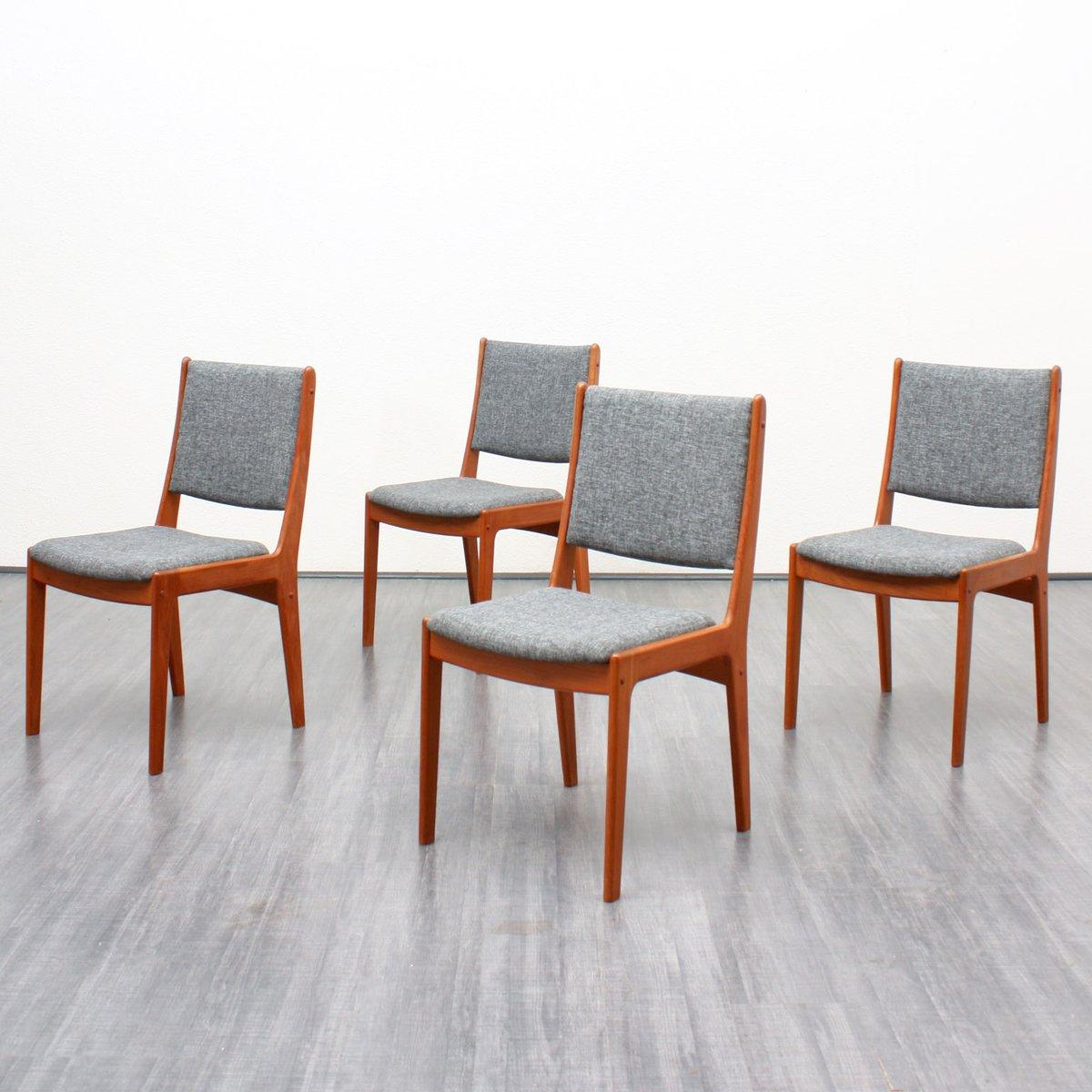 chaises en teck avec tapisserie grise 1960s set de 4 en vente sur pamono. Black Bedroom Furniture Sets. Home Design Ideas