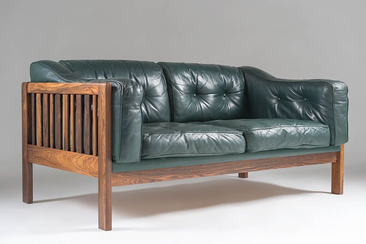 Scandinavian Monte Carlo Sofa In Rosewood And Green