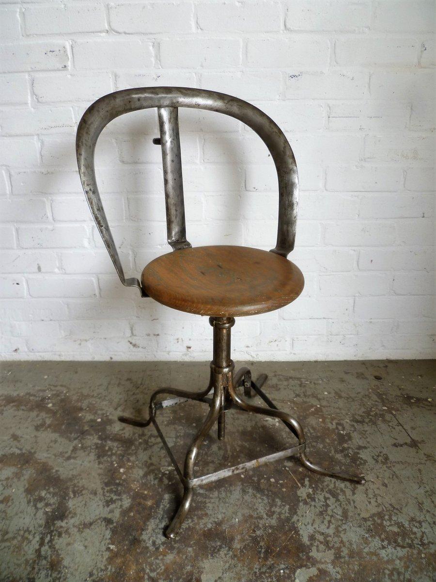 Chaise d atelier antique industrielle en vente sur pamono for Chaise style atelier