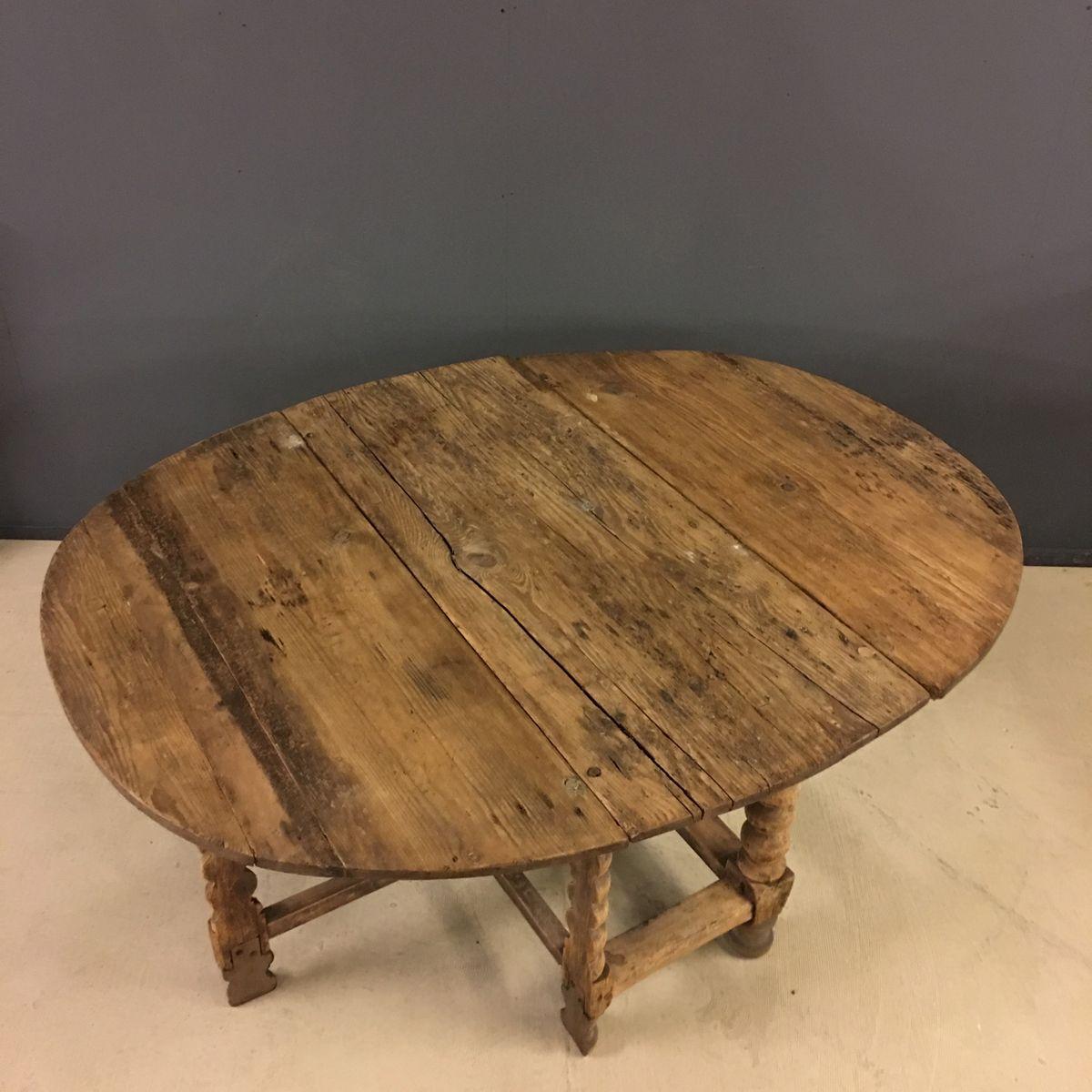 swedish oval pine gateleg table 18th century