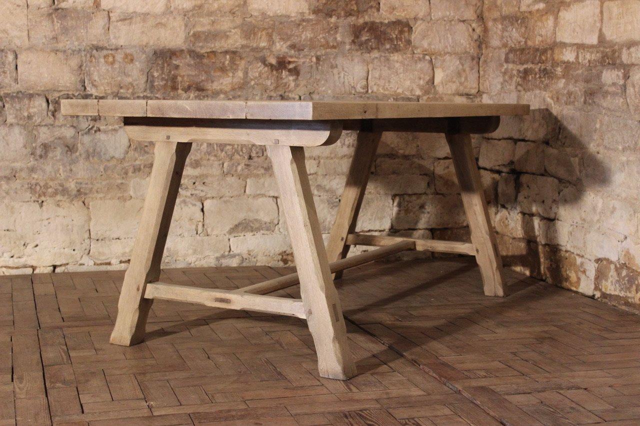 Table de salle manger antique en ch ne blanchi france for Salle a manger antique quebec