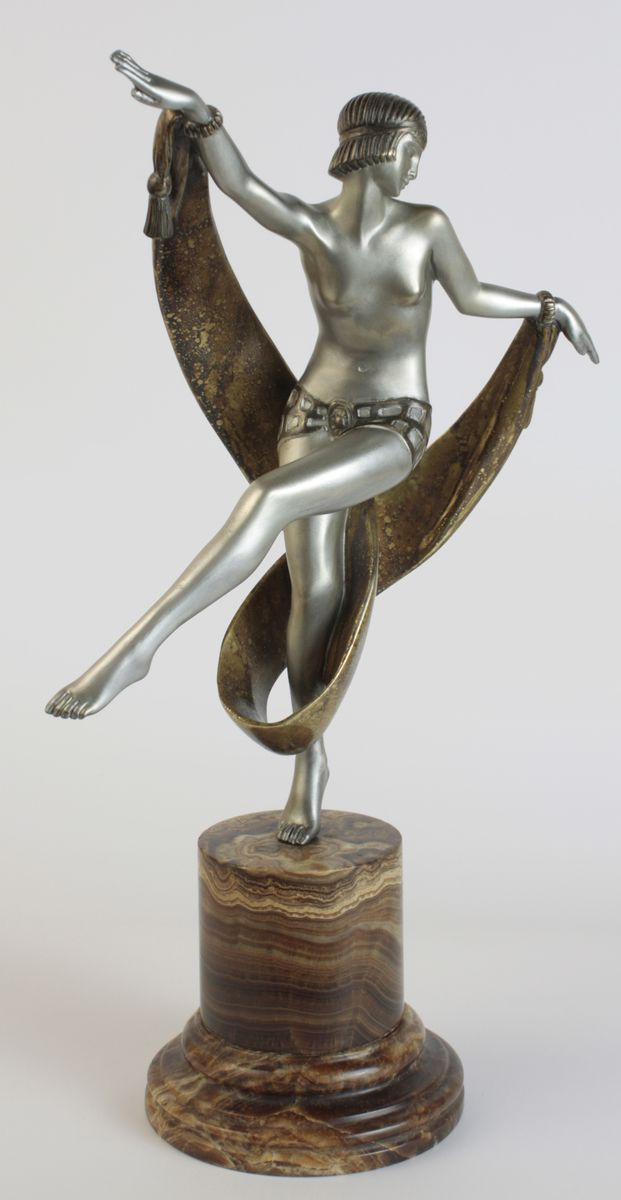 French Art Deco Bronze Statue By Fanny Rozet, 1920S For Sale At Pamono
