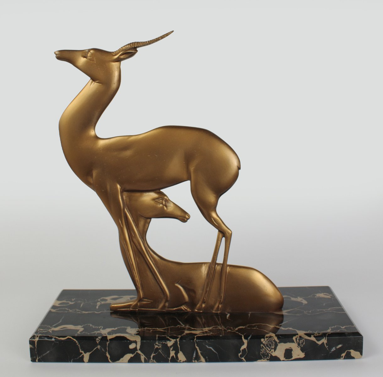 vintage art deco bronze sculpture of gazelles 1930s for sale at pamono. Black Bedroom Furniture Sets. Home Design Ideas