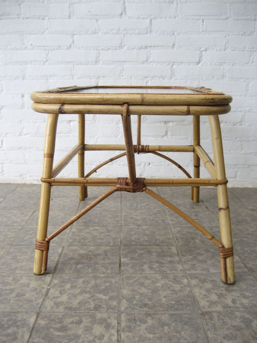 Vintage rattan side table with glass top for sale at pamono for Glass top side table