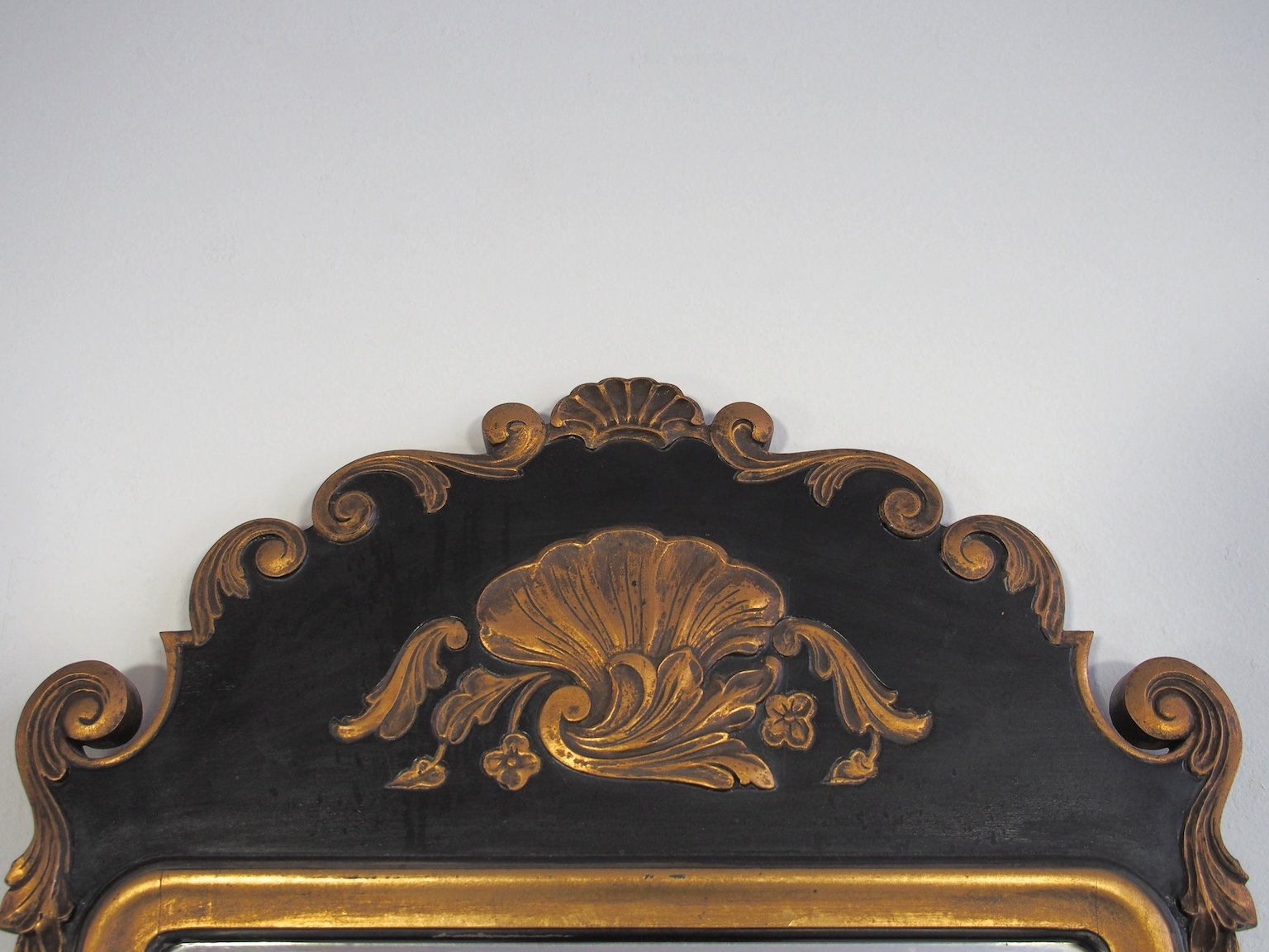 Grand miroir mural antique rococo revival en vente sur pamono for Grand miroir mural