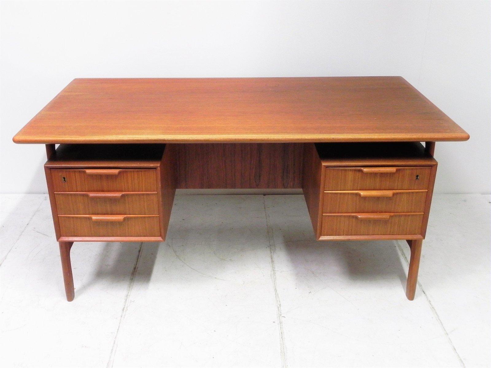Vintage model 75 teak desk by gunni omann for sale at pamono - Teak office desk ...