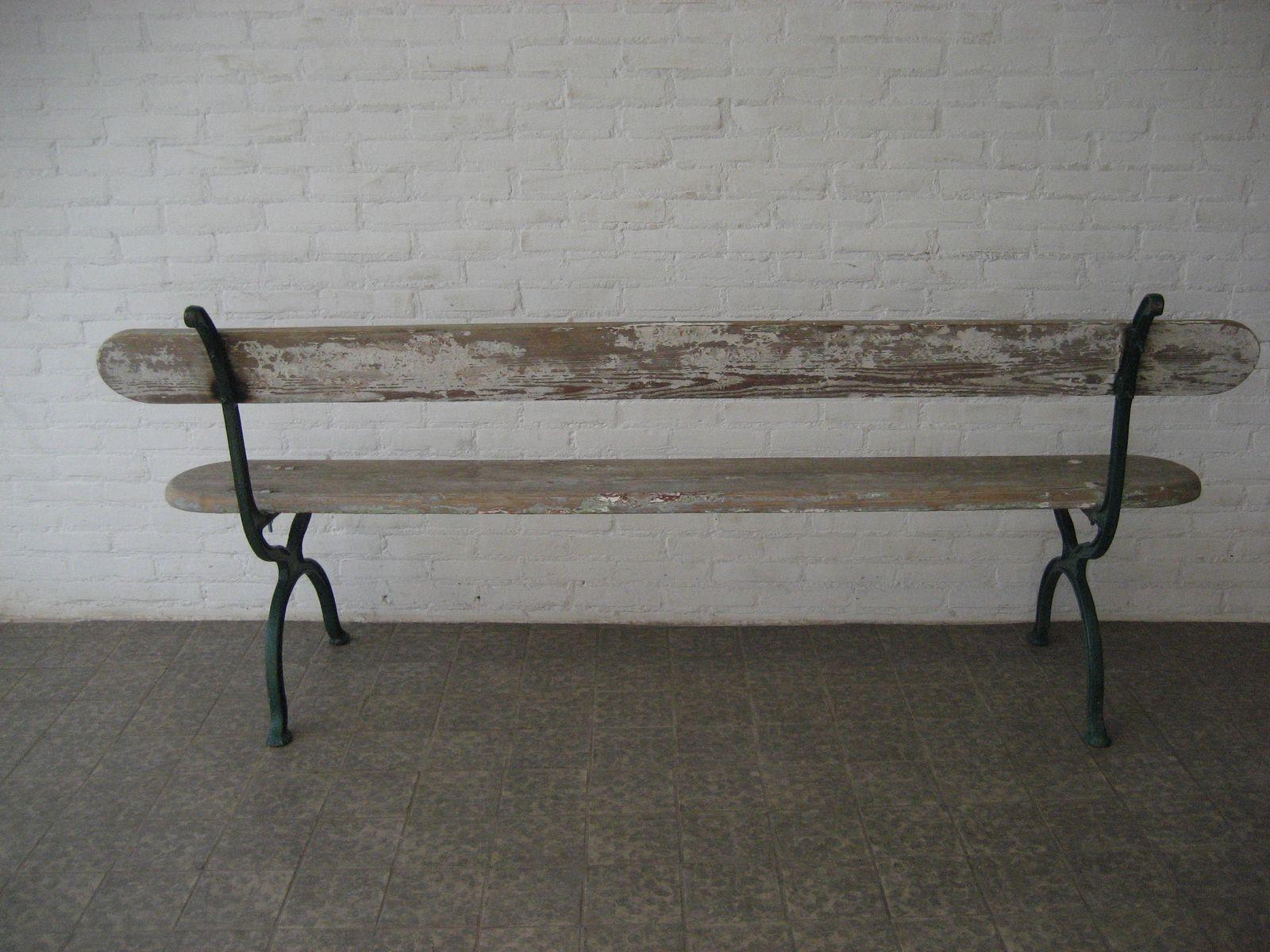 franz sische vintage gartenbank mit gestell aus gusseisen. Black Bedroom Furniture Sets. Home Design Ideas