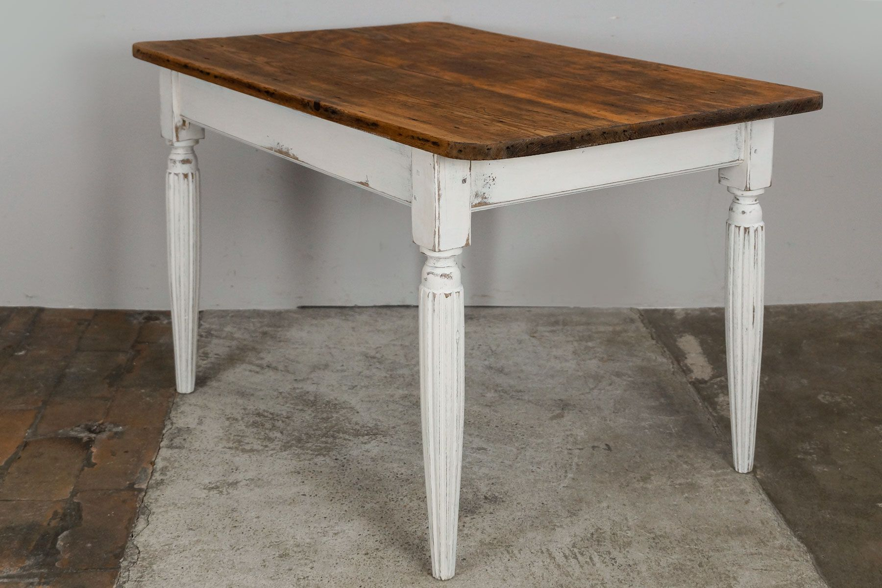 French louis philippe kitchen table 1860s for sale at pamono for Table louis philippe