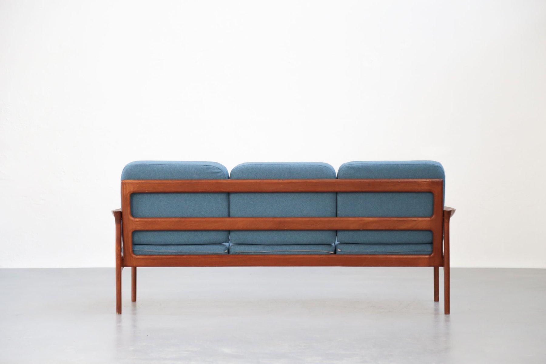 canap en teck tissu bleu danemark 1960s en vente sur pamono. Black Bedroom Furniture Sets. Home Design Ideas