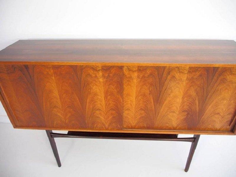 mid century palisander sideboard mit schiebet ren bei. Black Bedroom Furniture Sets. Home Design Ideas