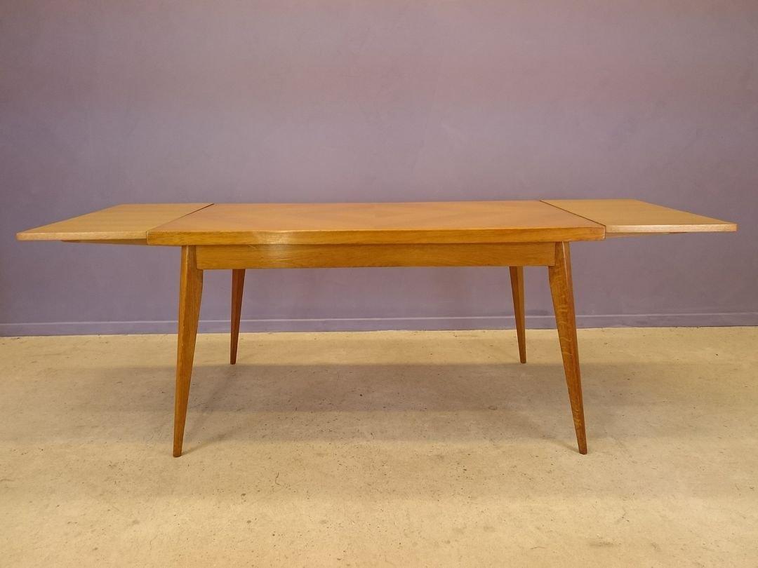 ausziehbarer esstisch aus eichenholz mit konischen beinen 1950er bei pamono kaufen. Black Bedroom Furniture Sets. Home Design Ideas