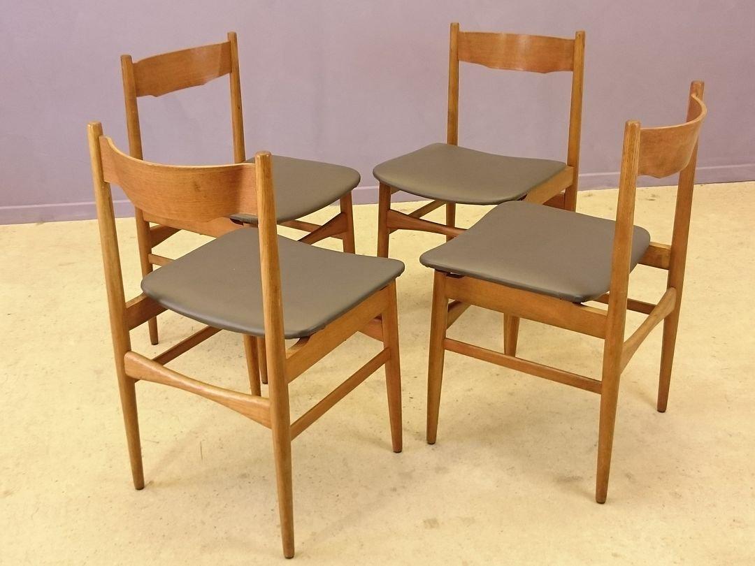 st hle aus teak grauem kunstleder 1950er 4er set bei pamono kaufen. Black Bedroom Furniture Sets. Home Design Ideas
