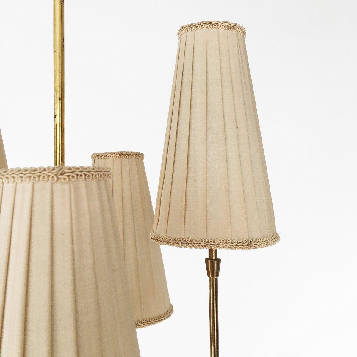 kleiner messing kronleuchter 1950er bei pamono kaufen. Black Bedroom Furniture Sets. Home Design Ideas