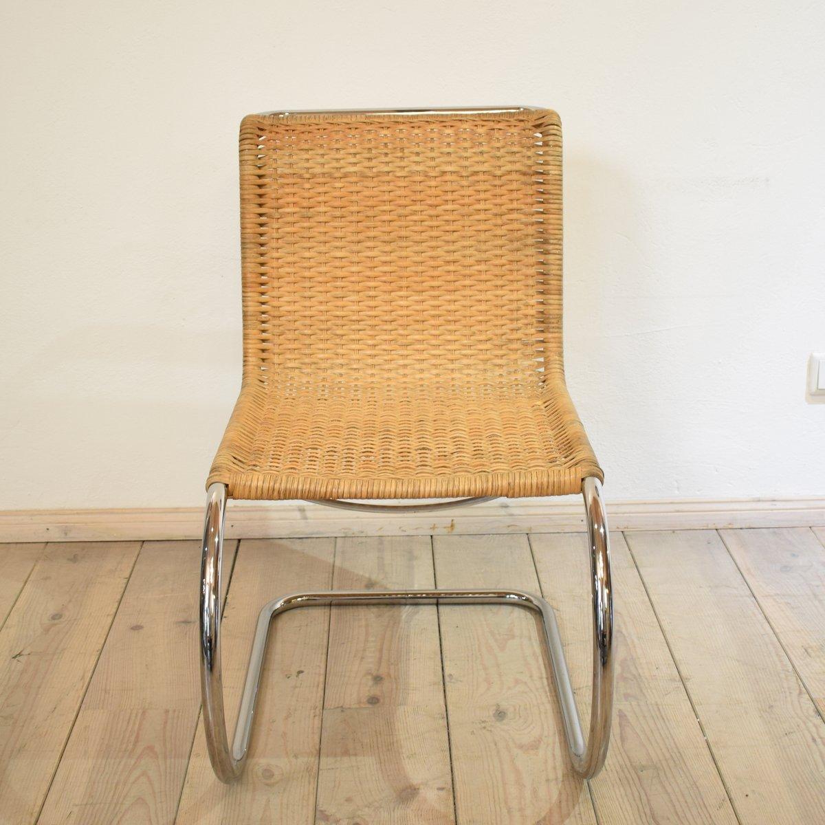 s533 freischwinger stuhl von ludwig mies van der rohe f r. Black Bedroom Furniture Sets. Home Design Ideas