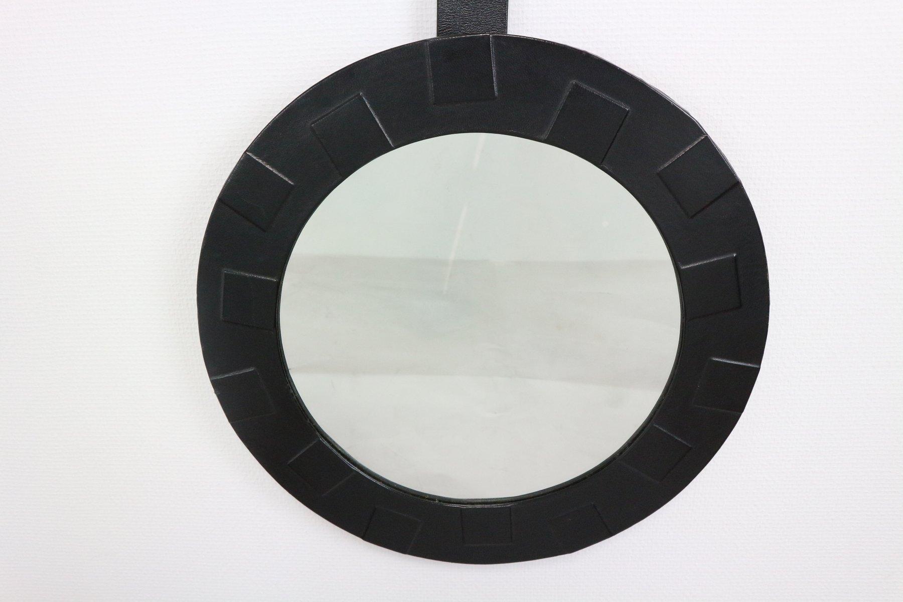 Miroir rond avec cadre en cuir 1950s en vente sur pamono for Miroir avec cadre miroir