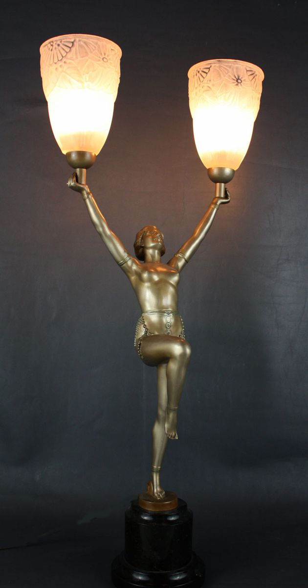 Vintage Art Deco Lamp 46