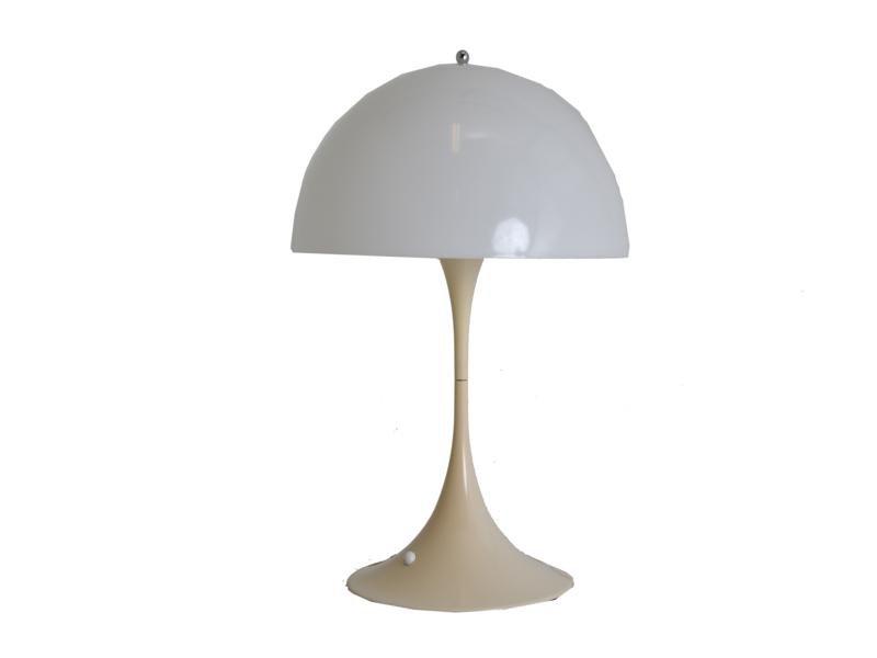 lampe de bureau panthella vintage blanche par verner panton pour louis poulsen en vente sur pamono. Black Bedroom Furniture Sets. Home Design Ideas