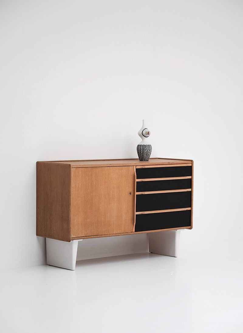 sideboard von cees braackman f r ums pastoe 1950er bei pamono kaufen. Black Bedroom Furniture Sets. Home Design Ideas