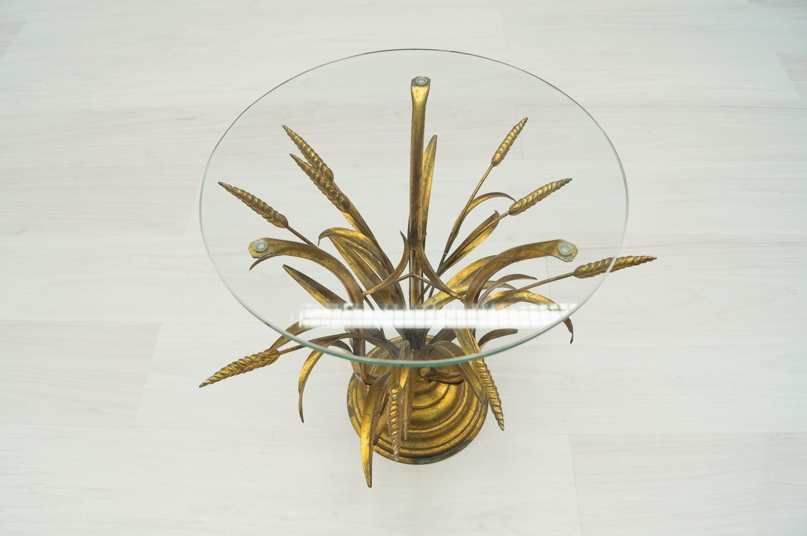 Mid century wheat sheaf coffee table irish antique dealers - Hollywood Regency Wheat Sheaf Side Table In Gold 1960s