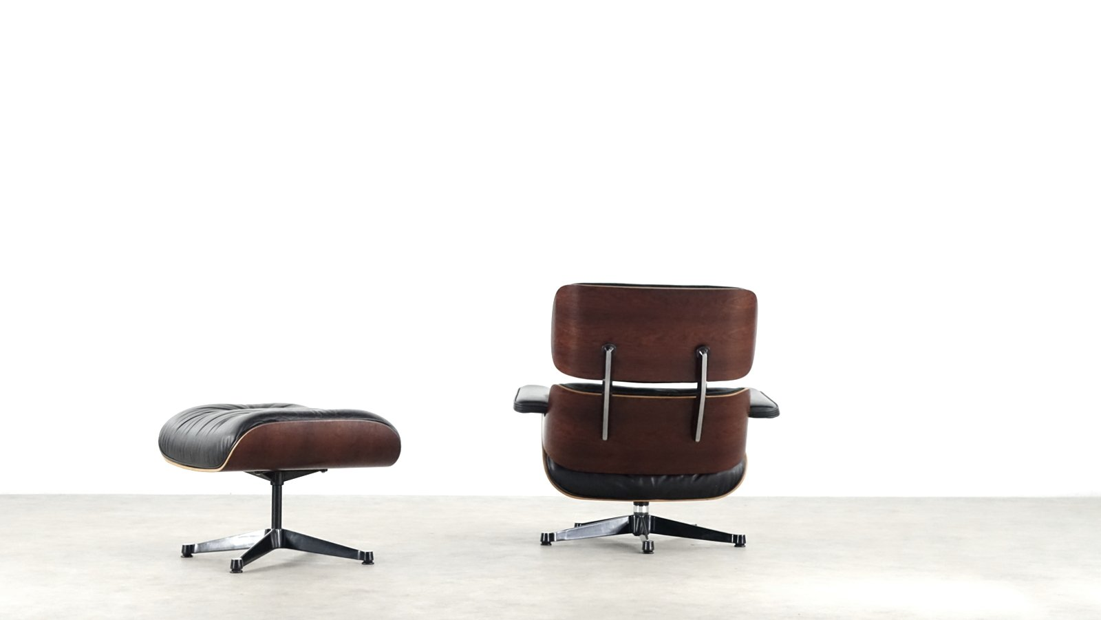 eames lounge chair ottoman by charles ray eames for. Black Bedroom Furniture Sets. Home Design Ideas