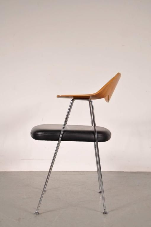 british desk chair by robin day for hille 1950s for sale at pamono