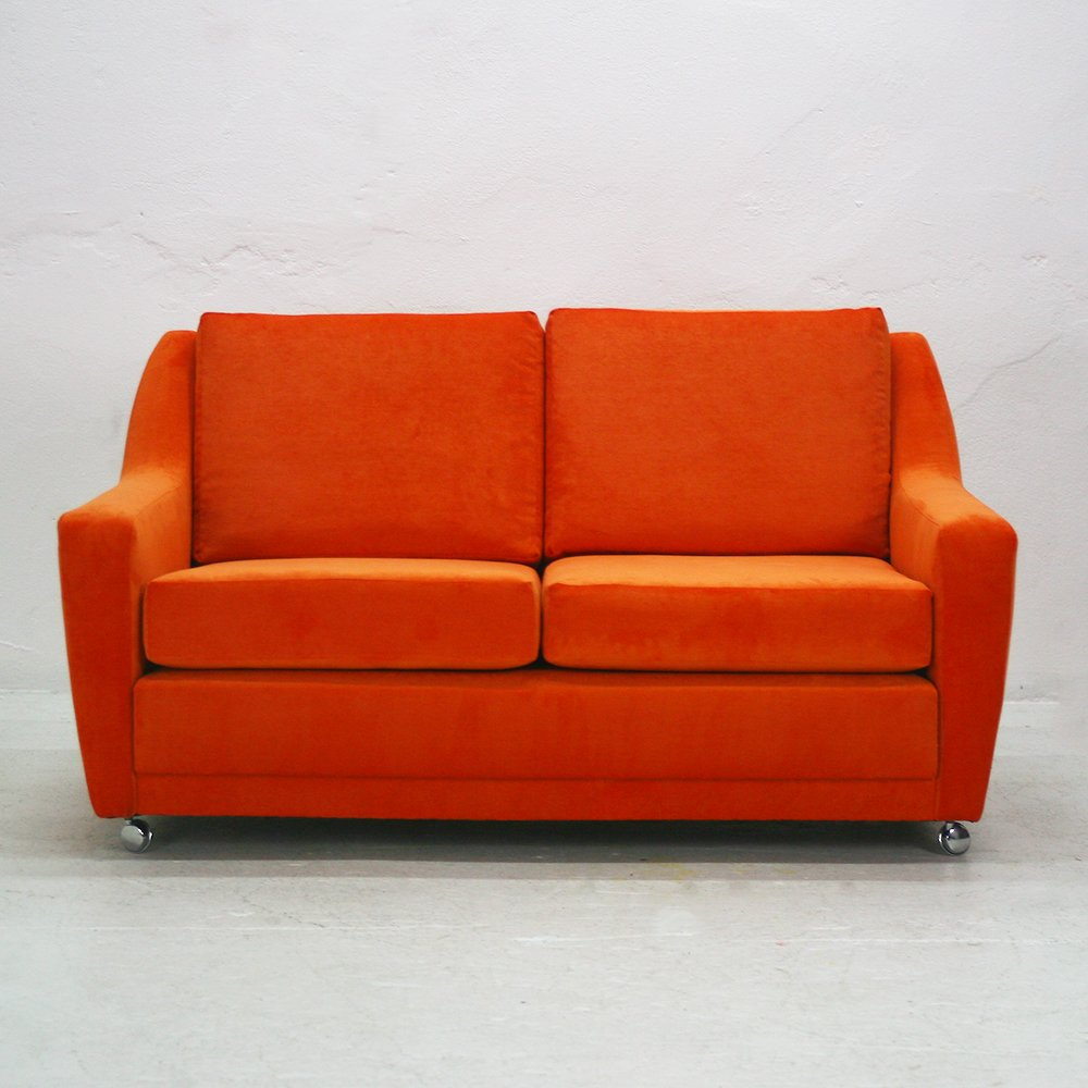 Two seater suede lounge sofa 1970s for sale at pamono for 70 er jahre couch