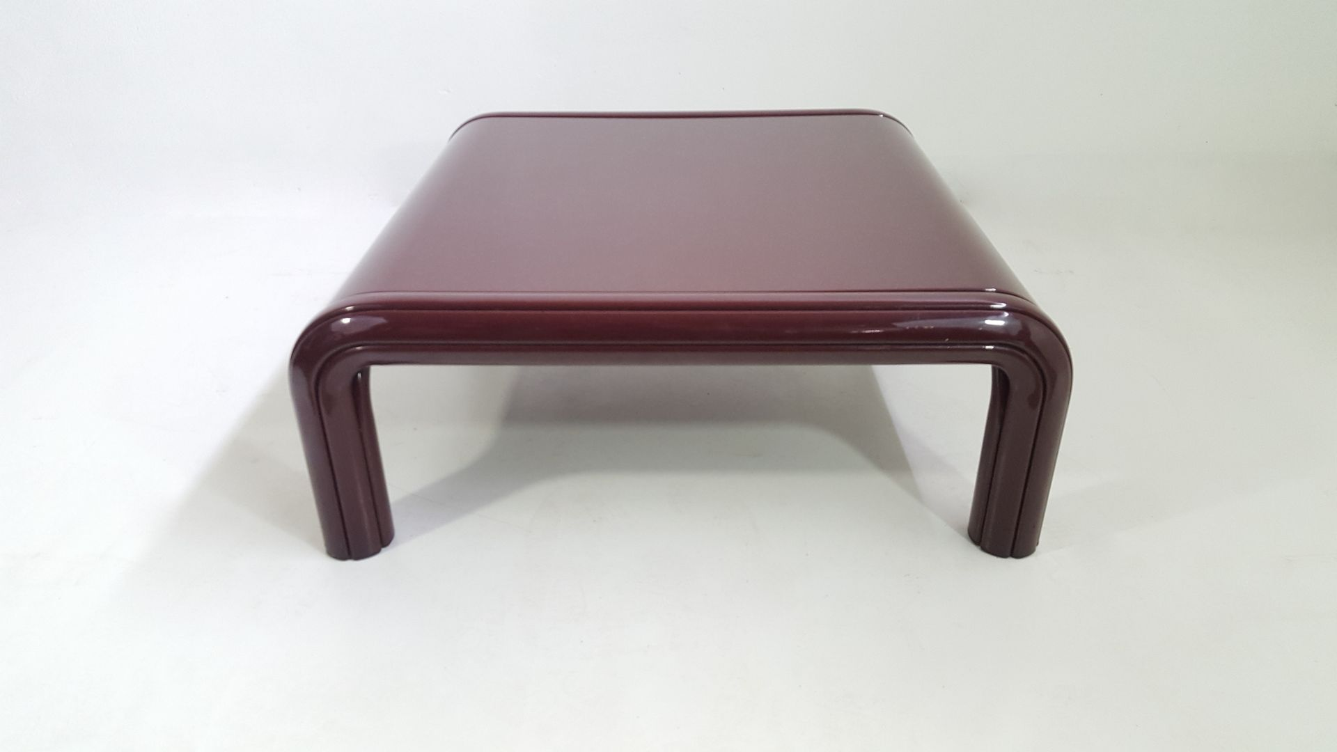 orsay coffee table by gae aulenti for knoll 1960s for. Black Bedroom Furniture Sets. Home Design Ideas