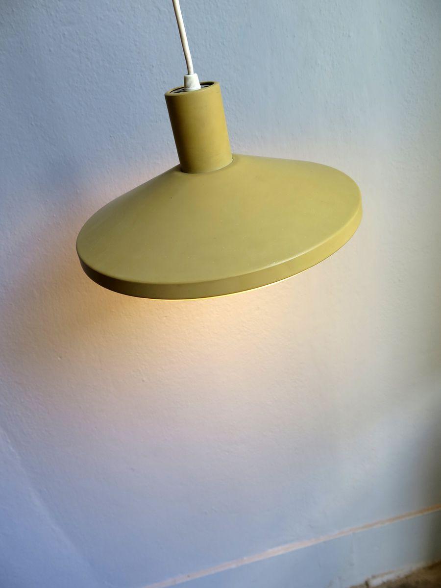 lampe suspension mid century en m tal verte avec abat jour en plastique danemark en vente sur. Black Bedroom Furniture Sets. Home Design Ideas