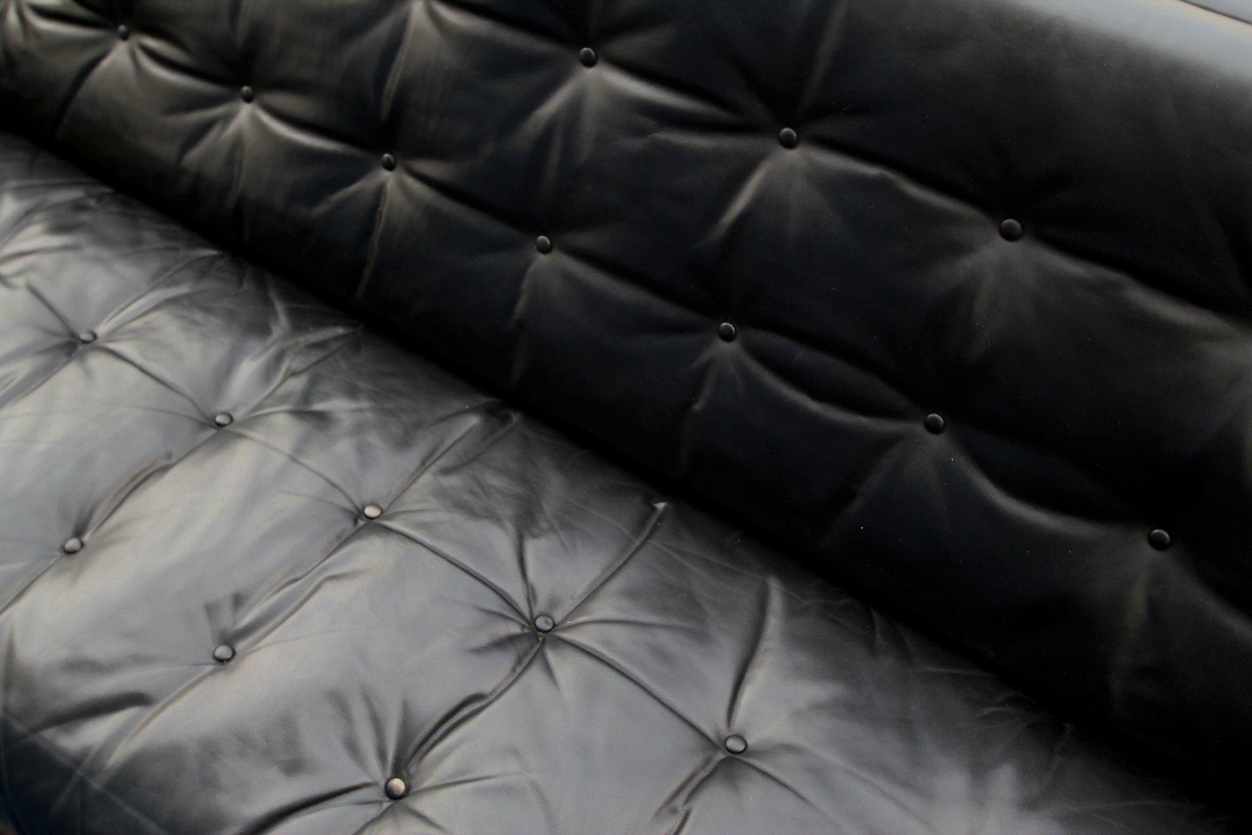 canap space age trois places en cuir 1960s en vente sur. Black Bedroom Furniture Sets. Home Design Ideas