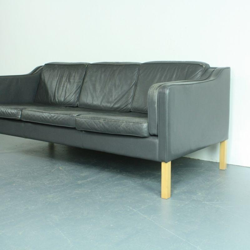 vintage 3 sitzer sofa aus anthrazitfarbenem leder bei. Black Bedroom Furniture Sets. Home Design Ideas