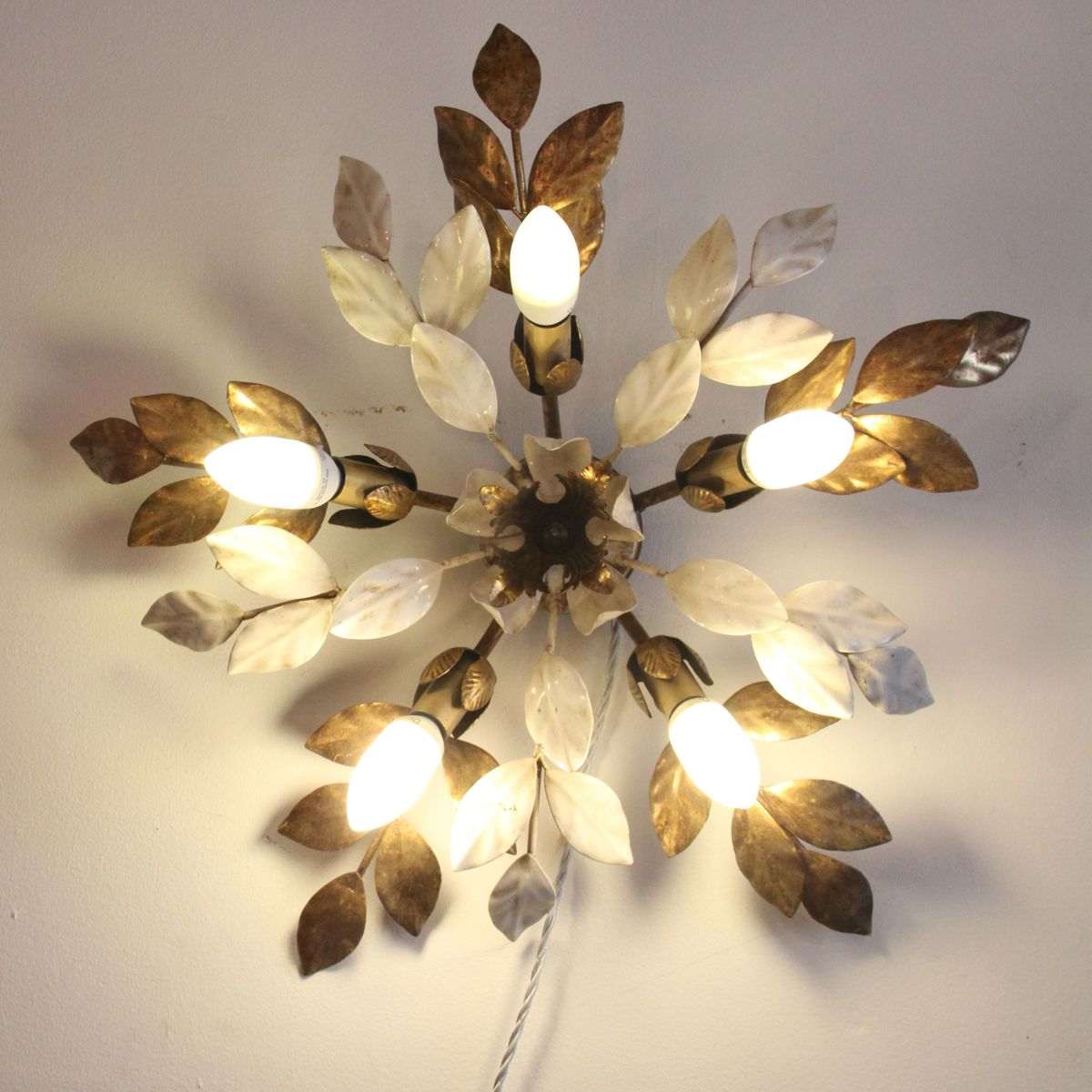French Enamel Wall Lights : Vintage French Large Gilt Metal & Enamel Wall Light for sale at Pamono