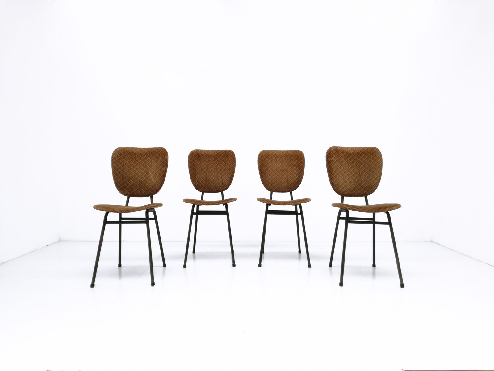 Black steel chairs - Black Lacquered Tubular Steel Chairs 1950s Set Of 4