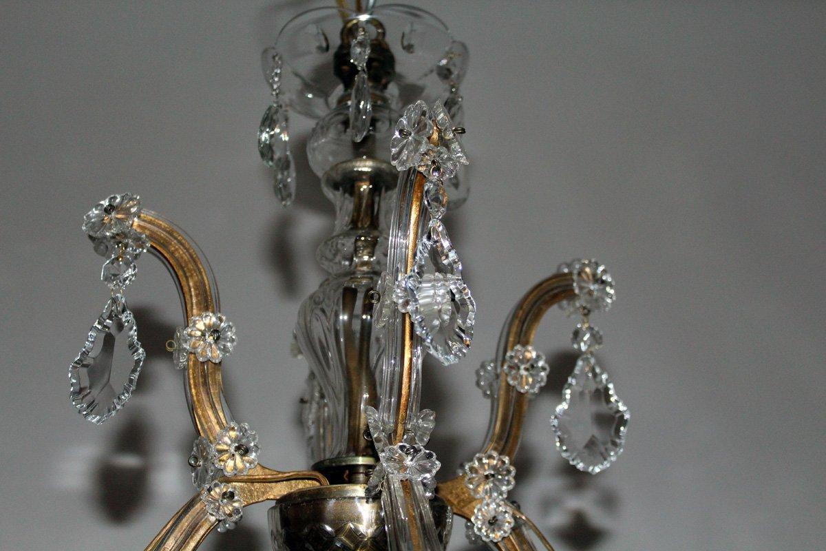 kristall kronleuchter mit kerzenf rmigen lampenfassungen. Black Bedroom Furniture Sets. Home Design Ideas