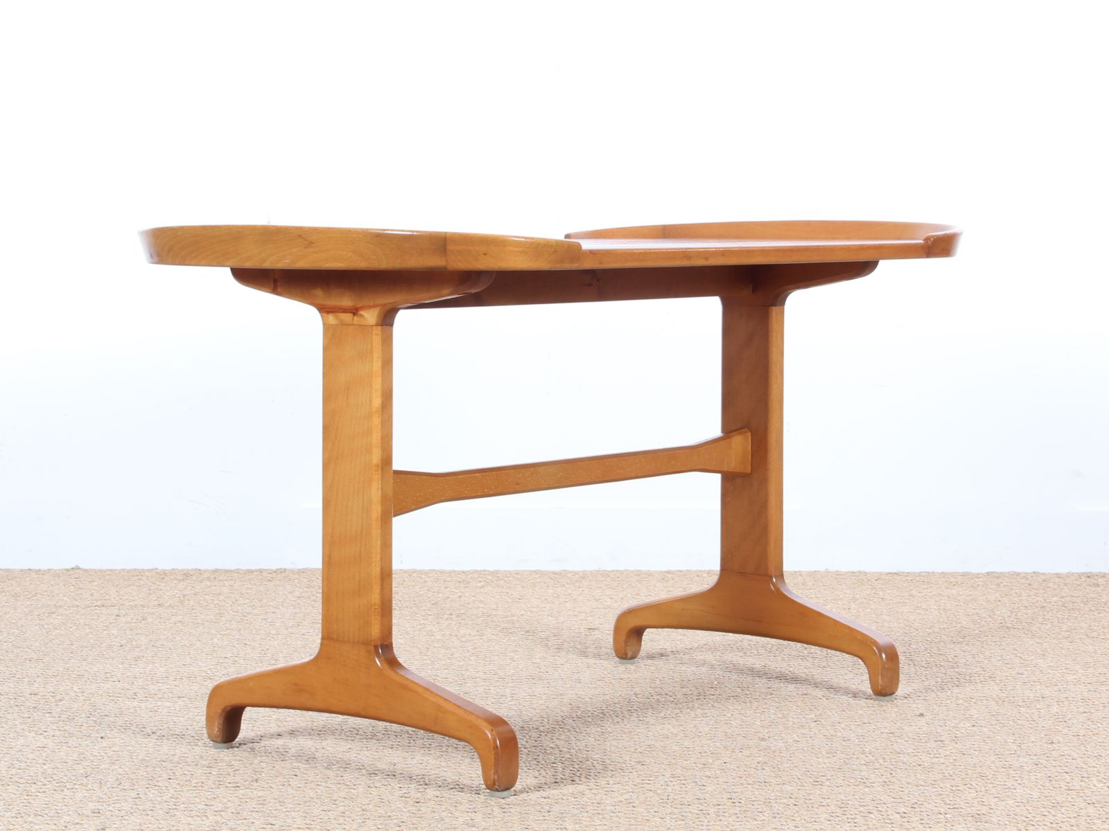 Beech elm coffee table 1960s for sale at pamono for Beech coffee table