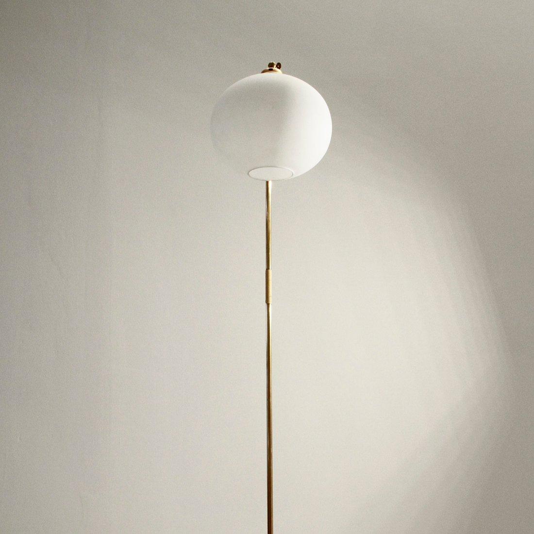 italienische messing stehlampe 1940er bei pamono kaufen. Black Bedroom Furniture Sets. Home Design Ideas