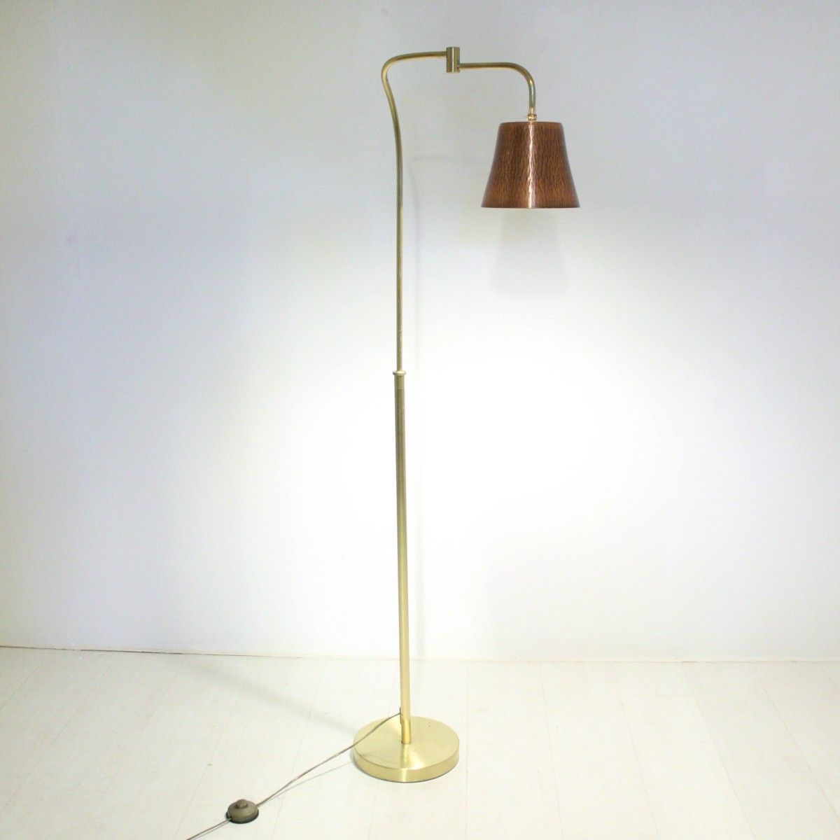 Vintage brass copper floor lamp 1970s for sale at pamono for 1970s floor lamps