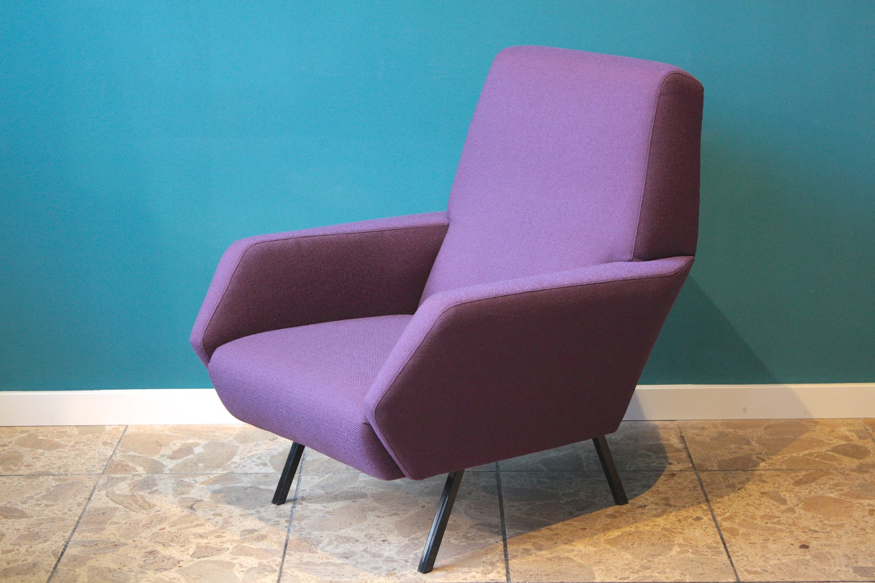 italienische sessel in lila 1950er 2er set bei pamono kaufen. Black Bedroom Furniture Sets. Home Design Ideas