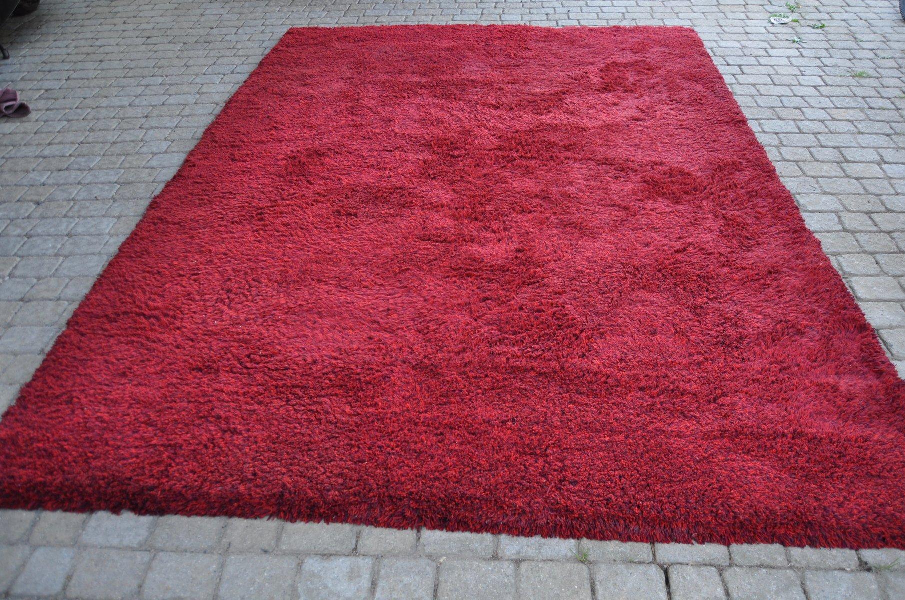 handgefertigter vintage teppich aus roter wolle von tisca 1980er bei pamono kaufen. Black Bedroom Furniture Sets. Home Design Ideas