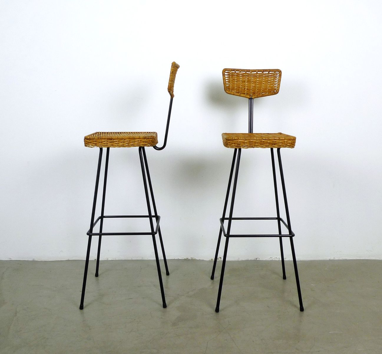 rattan barhocker von hugo m ller f r mbm 1950er 4er set. Black Bedroom Furniture Sets. Home Design Ideas