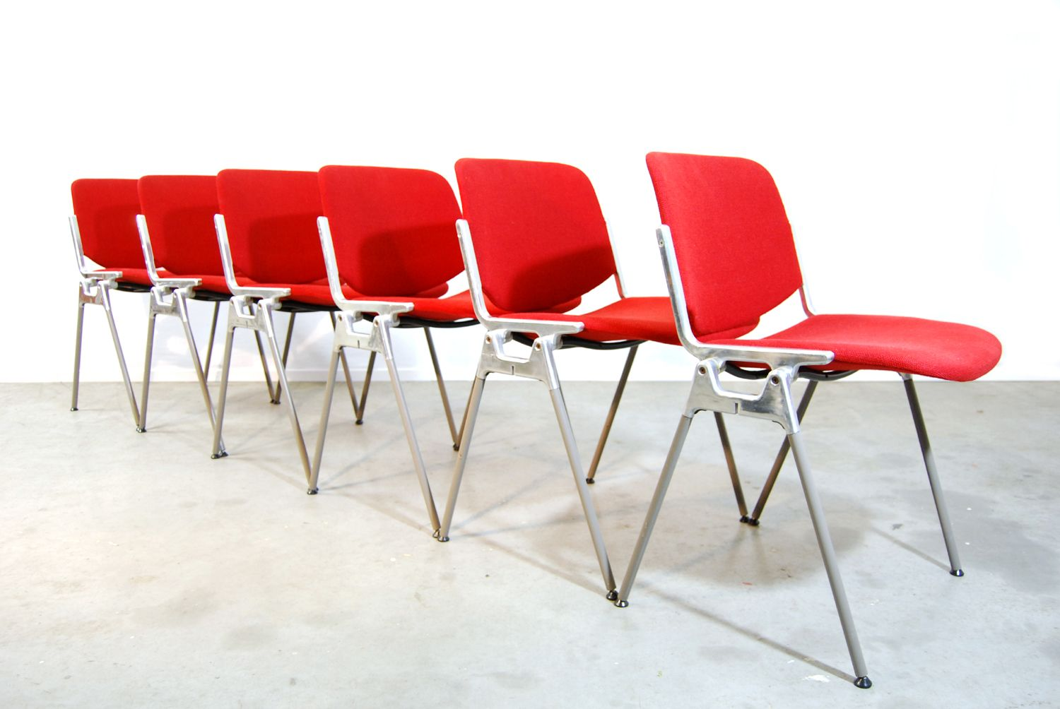 italian red dining chairs by giancarlo piretti for castelli s  - on hold