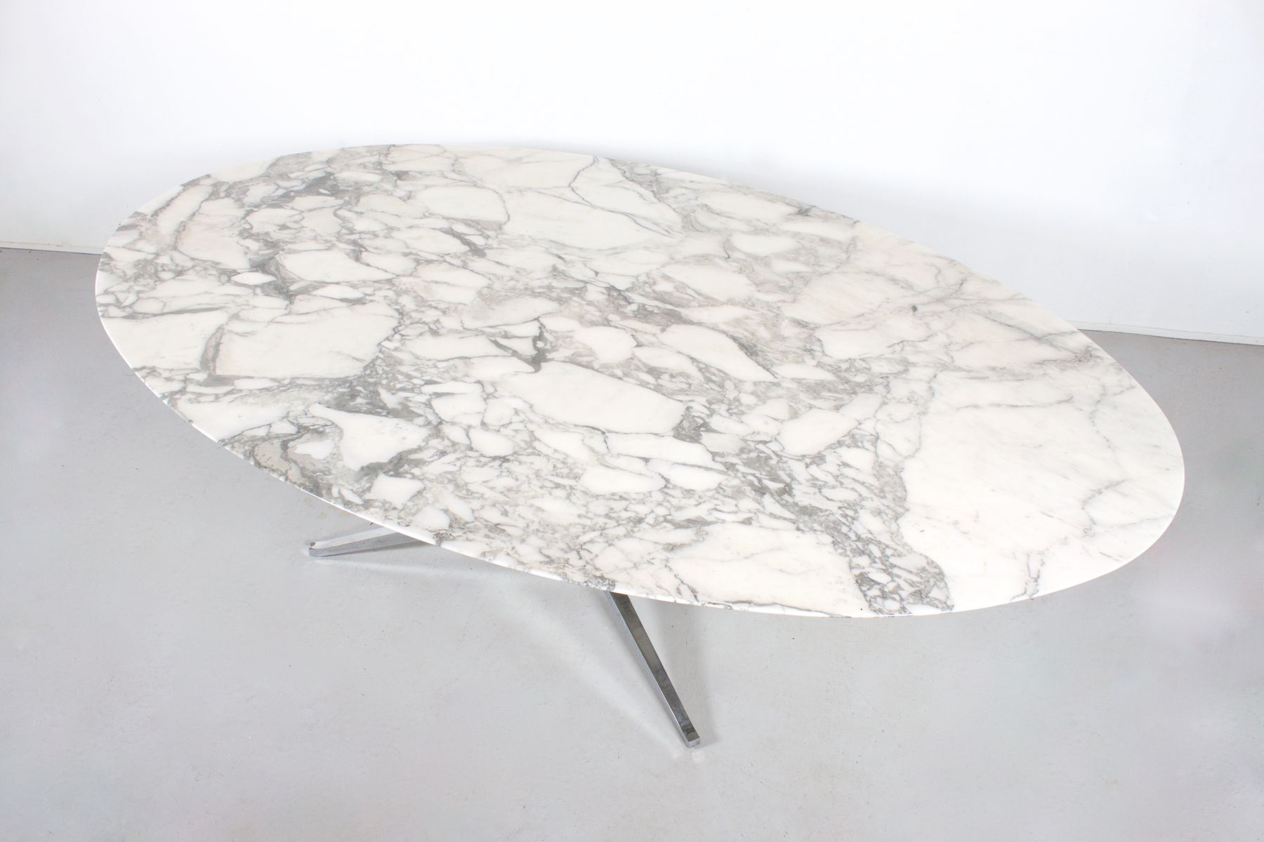Oval Marble Dining Table By Florence Knoll For Knoll - Oval marble dining table